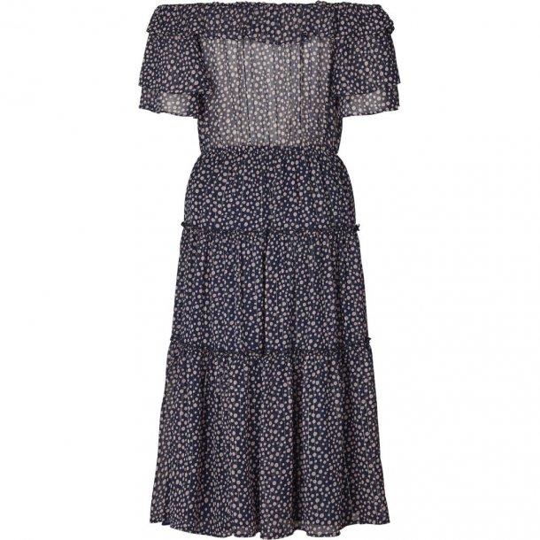 Lollys Laundry Veronica Dress 76 Dot Print