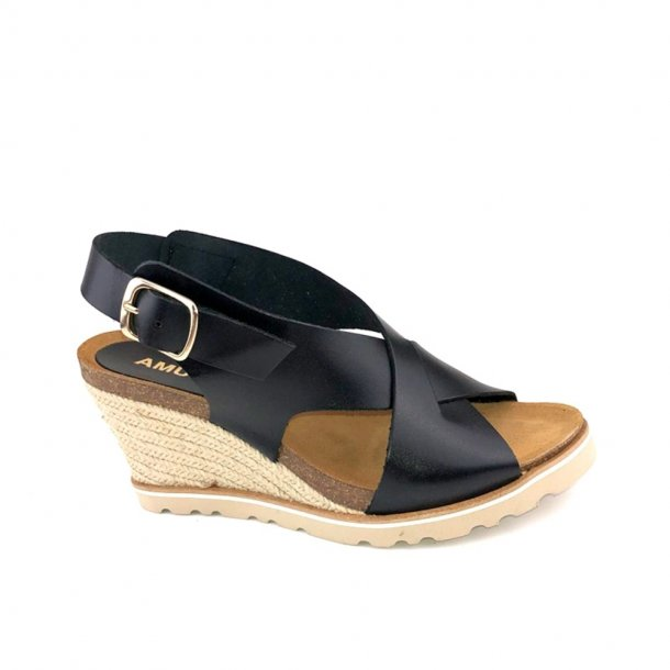 Amust Lea High Wedge Sandal Black AM1262