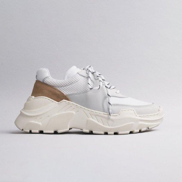 LÄST Sprint Sneakers - White